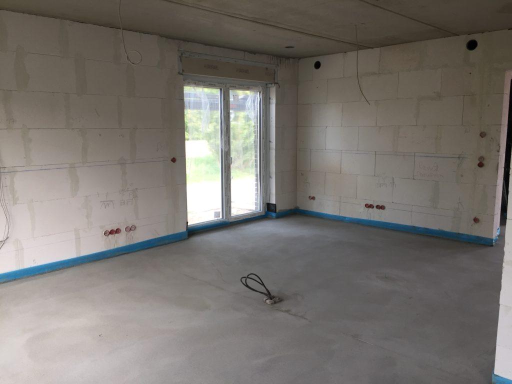 Wohnzimmer mit Bodensteckdose