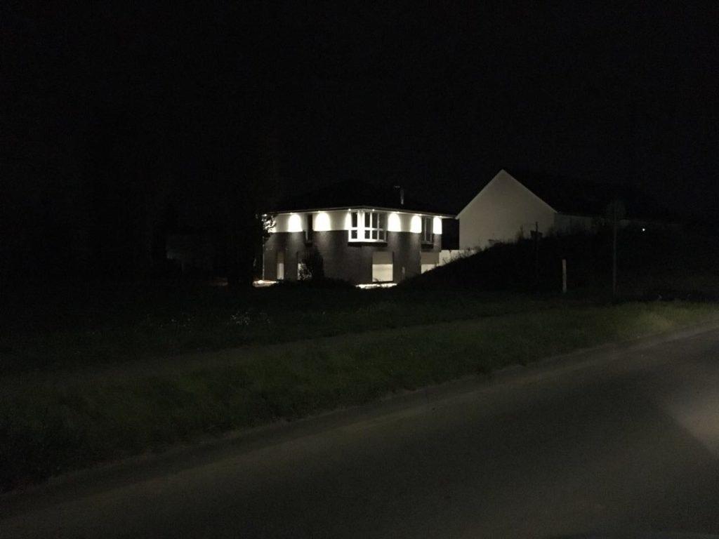 LED Spots im Dachüberstand